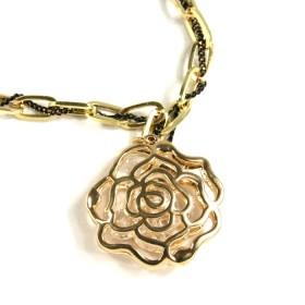 Náhrdelník růže s kamínky