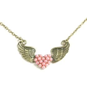 Náhrdelník okřídlené srdce z perel