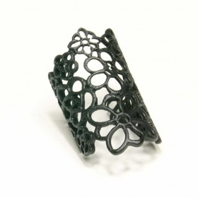 Prsten velké květy - černý