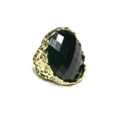 Prsten s černým kamenem